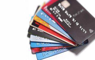 różnice pomiędzy kartami kredytowymi a płatniczymi